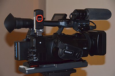 X180 or X200, trying to decide-pxw-x200.jpg