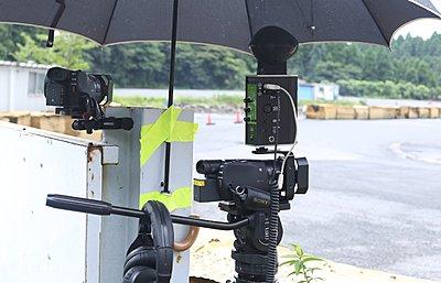 Attaching something heavy z90-ax100-surround-mic.jpg