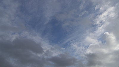 1080p S&Q colour banding-clouds3.jpg