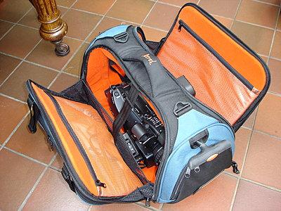 EX3, PD150 & HC1 Size Comparison Pic-pwmex3-petrol-hdv-roller-bag-002.jpg