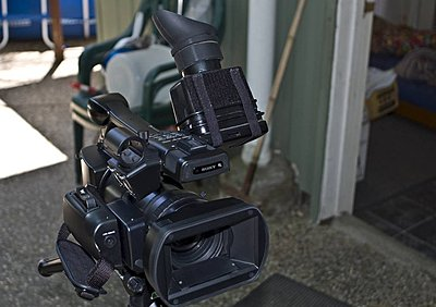EX1 LCD Finder - couldn't wait for Hoodman...-lcdfinder_03.jpg