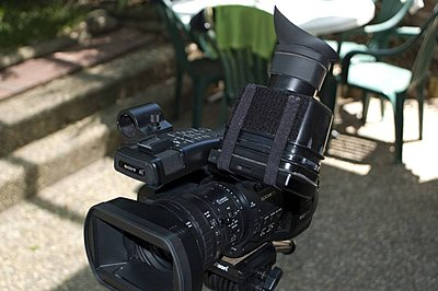 EX1 LCD Finder - couldn't wait for Hoodman...-lcdfinder_04.jpg