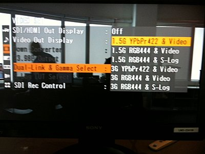 Are HDMI out and SDI out working simultaneously?-photo.jpg