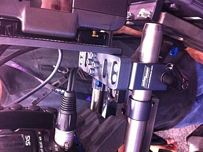 New F3 items anyone at NAB have pictures or prices?-anton-bauer-mount.jpg
