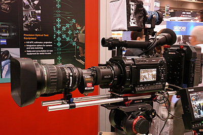 New F3 items anyone at NAB have pictures or prices?-hdx2.jpg