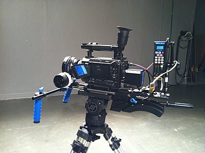 Pics of the F3 on a handheld rig-fr_29.jpg