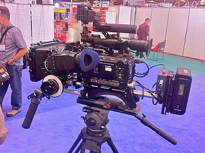 Pics of the F3 on a handheld rig-kinomatikmovietubecr-f3.jpg