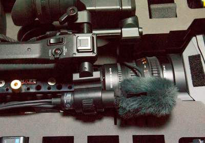 FS7 in Pelican 1650-3-mic-holder.png