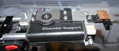 How to turn your dslr into a shouldercamera-shouldercam12.jpg