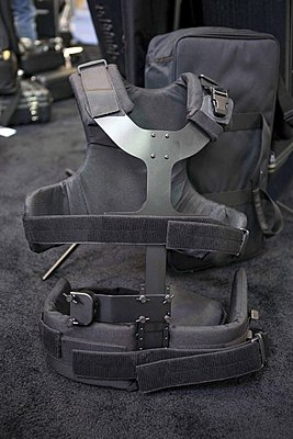 Modified the Steadicam Pilot vest from velcro straps to buckles-img_7052.jpg