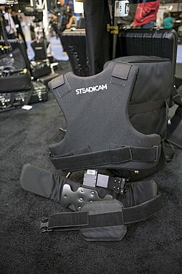 Modified the Steadicam Pilot vest from velcro straps to buckles-img_7055.jpg