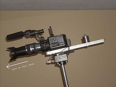 Telescoping lens with the FS-100-fs-100-02.jpg