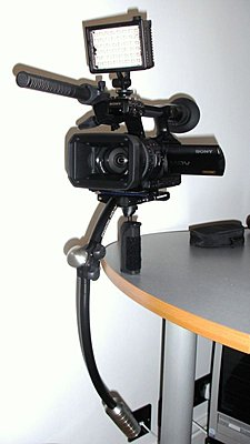 Steadicam Merlin and Sony V1E fully loaded-dsc03231.jpg