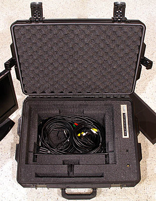 "Flying with 10"" HD LCD?-monitor-case-2.jpg"