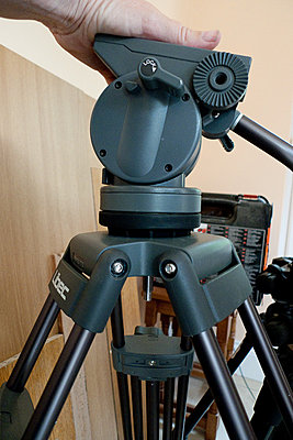 Manfrotto 504HD w/536 Tripod Review-libec-ls-38-libec-head.jpg
