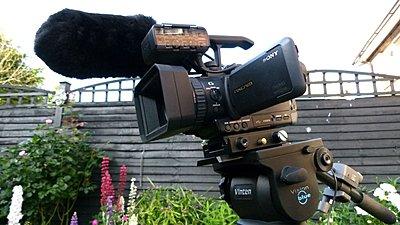 Sony NX70 (Tinycam) with Vinten Vision Blue-p1030736.jpg
