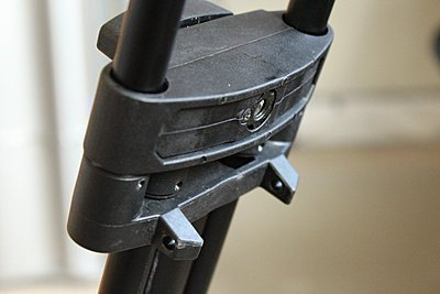 Mid-Level Spreader For Old Vinten Pro-Touch PT520 Tripod-img_3776.jpg