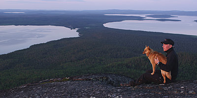 First impressions of RED One for wildlife shooting-pohjoisen-taivaan-alla-3.jpg