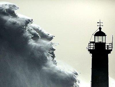 Tales.of wonders and woes - UWOL 29-lighthouse.jpg