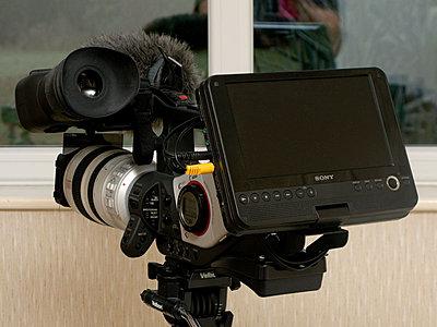 Finally! External LCD Monitor Solution < 0-xl2_dvdplayer_02.jpg
