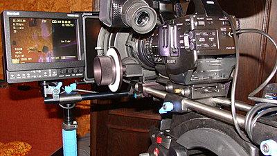 Marshall V-LCD70P-HDMI-SB vs Ikan V5600-dsc06543.jpg