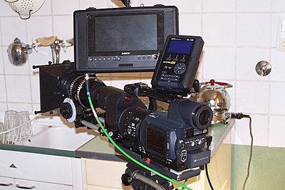 Finally! External LCD Monitor Solution < 0-100_4913.jpg