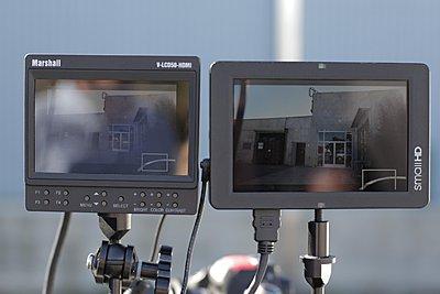 "DP6 vs Marshall 5"" - first look-backlit.jpg"