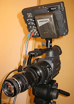 Question about panasonic camera monitor-front-shot.jpg