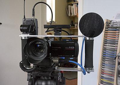 Shooting weddings with small handicams-cam1.jpg