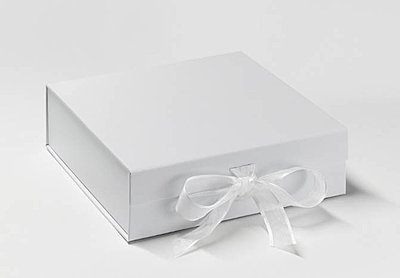 UK supply of presentation boxes, anyone?-new-silver-box.jpg