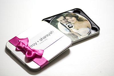 Final Wedding Disc Packaging-_mg_3062_wedding.jpg