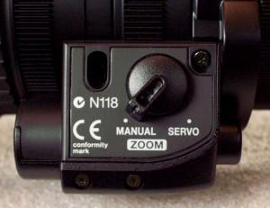 The Manual/Servo Zoom switch.